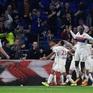 Vòng 9 Ligue 1, Lyon 3-2 Monaco: Kịch tính đến phút chót