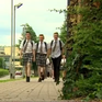 Anh: Nam sinh mặc váy phản đối quy định về đồng phục
