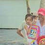 Nước lũ gây ngập nhưng không thể xả cống tại Kiên Giang