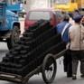 Trung Quốc nới lỏng lệnh cấm đốt than sưởi ấm mùa Đông