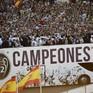Chùm ảnh: Biển người chào đón chức vô địch của Real Madrid tại quê nhà