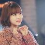 """Bị giả mạo trên mạng xã hội, """"người tình"""" Song Joong Ki lên tiếng cảnh báo fan"""