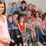 Ngưỡng mộ bà mẹ sinh tới 20 người con tại Anh