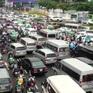 Kẹt xe 6 giờ liên tục tại khu vực sân bay Tân Sơn Nhất