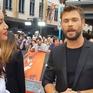 """Minh Tú tự tin phỏng vấn dàn sao của """"Thor: Ragnarok"""" tại Australia"""