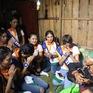 Thí sinh Hoa hậu Hữu nghị ASEAN rơi nước mắt trước những hoàn cảnh nghèo khó