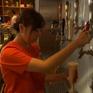 Giới trẻ Nhật Bản không mặn mà với bia