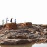 Quảng Bình: Vỡ đê ngăn mặn sông Gianh sau bão số 10
