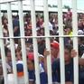Mexico mở cửa biên giới cho người di cư
