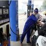 Giá xăng quay đầu giảm 224 đồng/lít