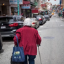 Mỹ: Số người lớn tuổi phá sản ngày càng nhiều