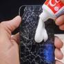 """Bạn cần biết: 10 cách """"hô biến"""" vết xước trên điện thoại"""