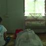Cuộc sống bị kỳ thị của những bà mẹ đơn thân ở Myanmar
