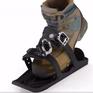 Độc đáo giày kết hợp giữa ván trượt và giày trượt