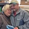 Mỹ: Người vô gia cư trả lại chiếc túi chứa 17.000 USD