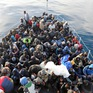 Libya giải cứu hàng trăm người di cư trên biển