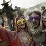 Vui nhộn và cuốn hút với lễ hội ném bột mỳ ở Hy Lạp