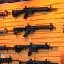 Giáo viên Mỹ không ủng hộ phương án được trang bị súng để ngăn tấn công