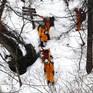 Nhật Bản giải cứu 13 nạn nhân leo núi bị mắc kẹt