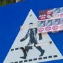Nhiều biển báo giao thông đường bộ bị xâm phạm, vẽ bậy