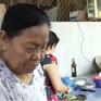 Người phụ nữ 30 năm nấu ăn thiện nguyện cho đội cầu đường