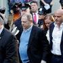 Harvey Weinstein bị buộc tội quấy rối, tấn công tình dục