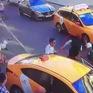 Nga: Xe taxi bất ngờ lao vào đám đông làm 8 người bị thương