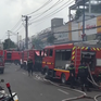 Cháy lớn xưởng gỗ trên đường Trường Chinh, TP.HCM