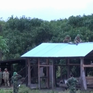 Bộ CHQS tỉnh Kon Tum giúp dân dựng lại nhà sau lũ quét