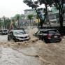 Kinh nghiệm lái xe ô tô mùa mưa ngập