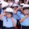 Trao tặng 1.000 mũ bảo hiểm cho trẻ em tại TP.HCM