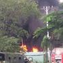 Cháy lớn thiêu rụi xưởng dệt may vải ở TP.HCM
