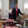 Tổng thống Mỹ đãi khách bằng đồ ăn nhanh