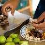 Chế biến thức ăn thừa thành món ăn giàu dinh dưỡng