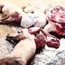 Củng cố hồ sơ, đề nghị khởi tố đối tượng giết mổ, tiêu thụ lợn chết tại Vĩnh Phúc