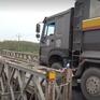 Kiểm soát trọng tải nghiêm ngặt xe qua cầu tạm Tân Hà 1