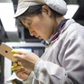 Foxconn sa thải 50.000 công nhân lắp ráp iPhone