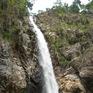 3 người tử vong khi leo lên thác nước ở Khánh Hòa