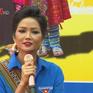 Hoa hậu H'Hen Niê đi công nông về thăm quê tại Đăk Lăk