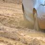 Thi công dở dang, đường lúc bụi mù mịt, khi lầy lội bùn đất