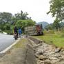 Điện Biên: Lật xe container tại dốc Nà Lơi trên Quốc lộ 279