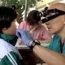 Tổ chức tình nguyện Nhật Bản khám chữa răng cho trẻ em Việt Nam
