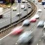 Ireland áp dụng luật mới cấm các lái xe ô tô vượt ẩu