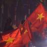 Người hâm mộ vỡ òa niềm vui, ăn mừng chiến thắng trận Việt Nam - UAE