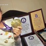 Bé gái 8 tuổi người Ấn Độ lập 2 kỷ lục thế giới