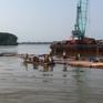 Tiếp tục tìm kiếm 2 thợ lặn mất tích lúc trục vớt tàu chìm