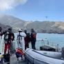 New Zealand triển khai thợ lặn tìm kiếm nạn nhân mất tích do núi lửa phun trào