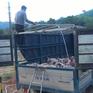 """""""Nóng"""" tình trạng buôn bán lợn không rõ nguồn gốc từ Lào"""