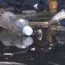 """Rác thải nhựa """"bức tử"""" kênh rạch tại TP.HCM"""