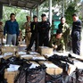 Quảng Bình bắt giữ gần 1 tấn pháo lậu